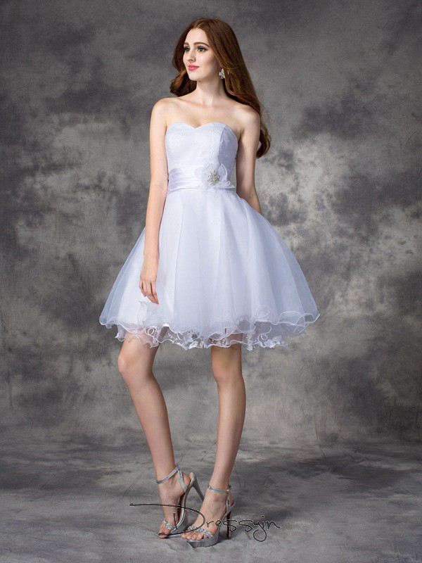 A-Line/Princess Organza Sweetheart Sleeveless Ruffles Short Dresses