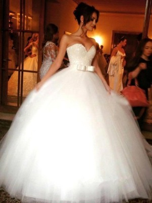 Ball Gown Tulle Sleeveless Bowknot Sweetheart Long Wedding Dresses