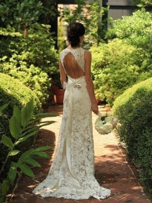 Sheath/Column Lace Sleeveless V-neck Long Wedding Dresses