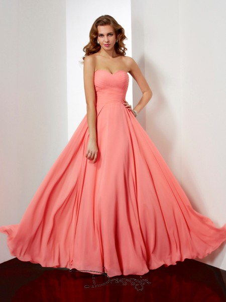 A-Line/Princess Sweetheart Pleats Sleeveless Chiffon Long Dresses