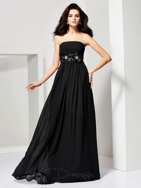 A-Line/Princess Strapless Hand-Made Flower Sleeveless Chiffon Long Dresses