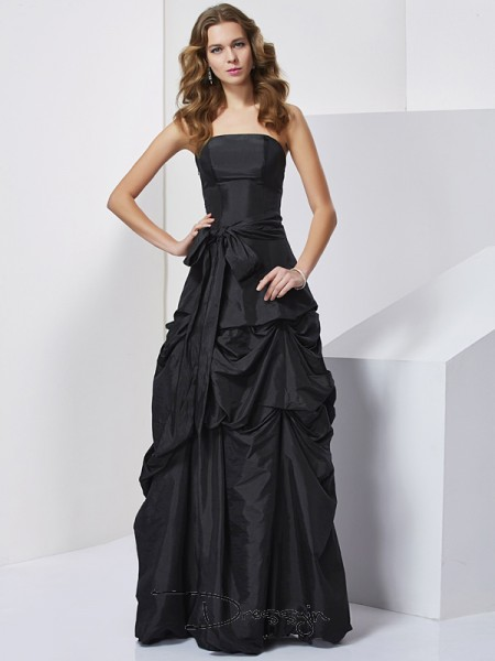 Sheath/Column Strapless Bowknot Sleeveless Taffeta Long Dresses