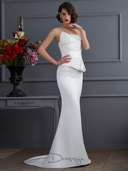 Trumpet/Mermaid Strapless Hand-Made Flower Sleeveless Satin Long Dresses