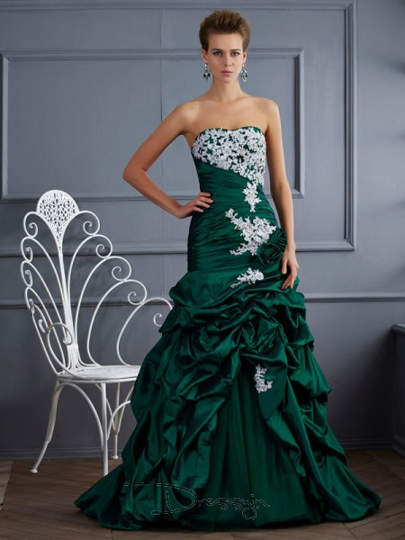 Ball Gown Strapless Applique Sleeveless Taffeta Long Dresses