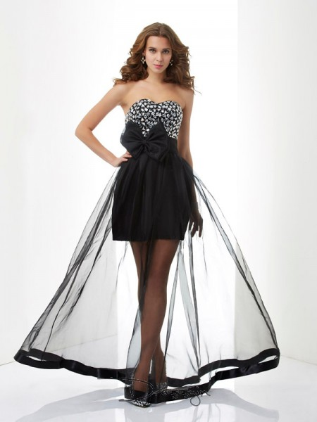 A-Line/Princess Sweetheart Beading Sleeveless Organza Long Dresses