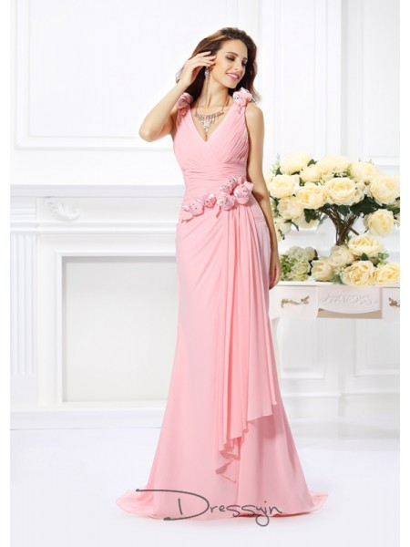 Trumpet/Mermaid Sleeveless V-neck Hand-Made Flower Chiffon Long Bridesmaid Dresses