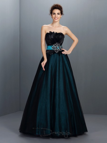 Ball Gown Sleeveless Strapless Feathers/Fur Elastic Woven Satin Long Dresses
