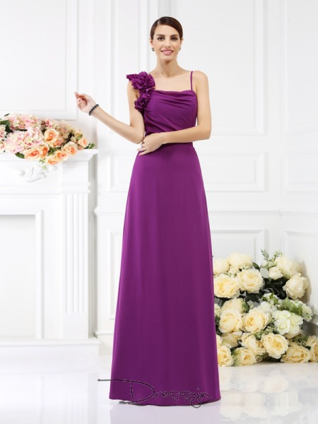 Sheath/Column Sleeveless Spaghetti Straps Hand-Made Flower Chiffon Long Bridesmaid Dresses