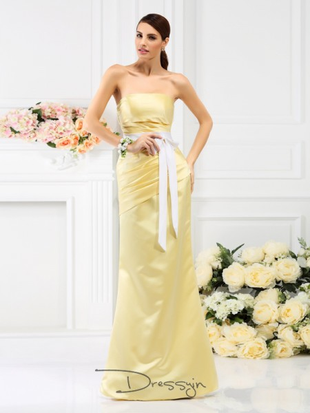 Trumpet/Mermaid Sleeveless Strapless Pleats Satin Long Bridesmaid Dresses