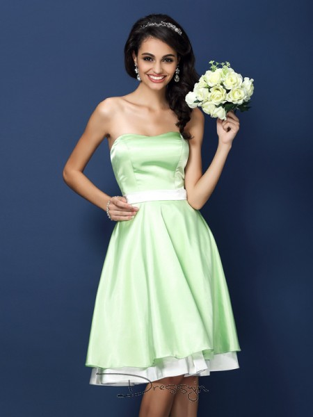 A-Line/Princess Sleeveless Strapless Other Elastic Woven Satin Knee-Length Bridesmaid Dresses