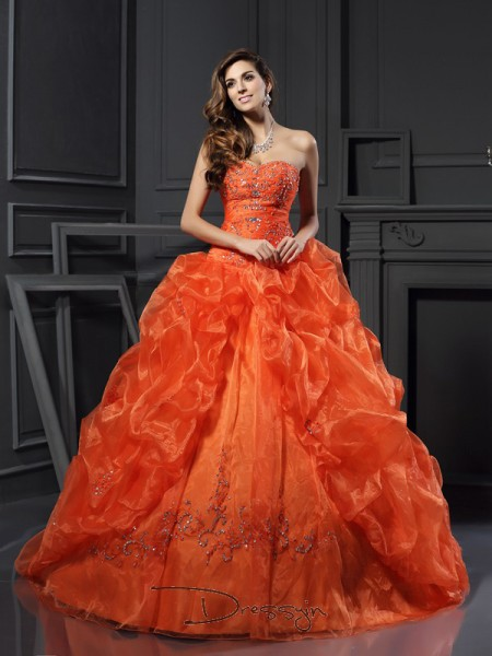 Ball Gown Sleeveless Sweetheart Beading Applique Organza Court Train Dresses
