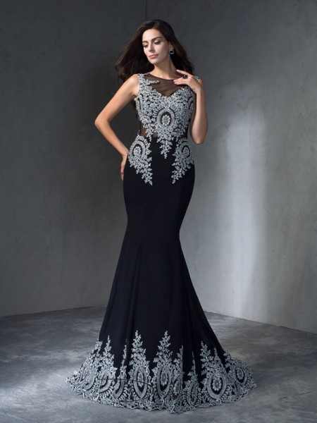 Trumpet/Mermaid Chiffon Scoop Sleeveless Applique Long Dresses