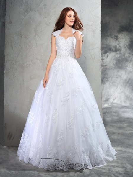 Ball Gown Organza Sweetheart Sleeveless Lace Court Train Wedding Dresses