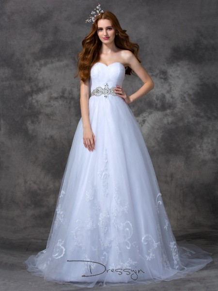 A-Line/Princess Satin Sweetheart Sleeveless Beading Long Wedding Dresses