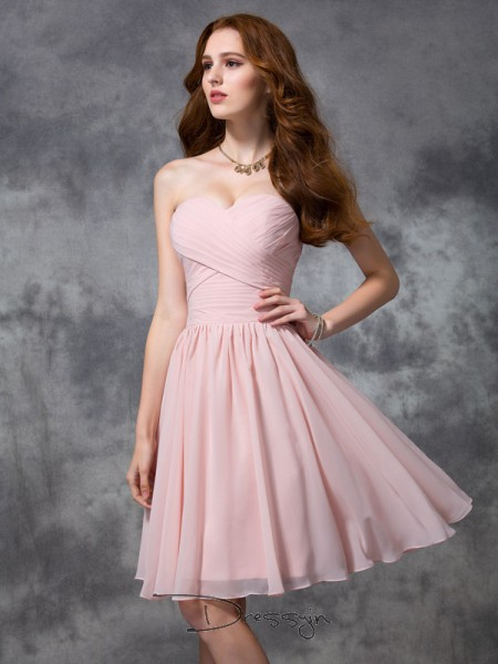 A-Line/Princess Chiffon Sweetheart Sleeveless Ruched Knee-length Bridesmaid Dresses