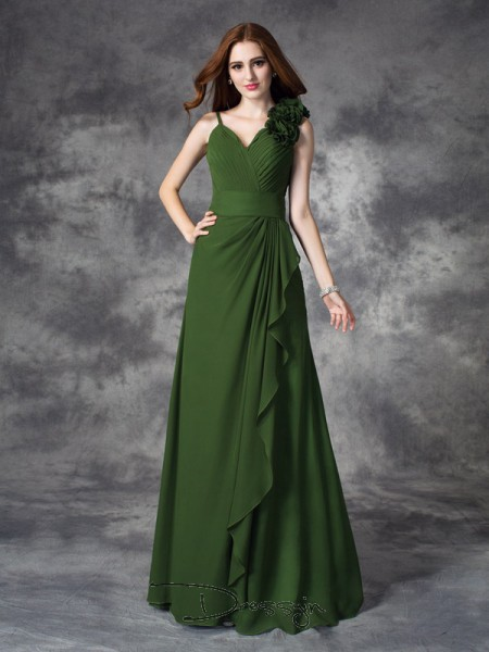 A-Line/Princess Chiffon V-neck Sleeveless Hand-Made Flower Long Bridesmaid Dresses