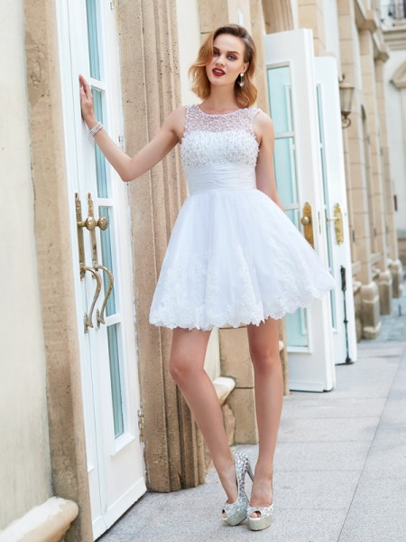 A-Line/Princess Jewel Lace Sleeveless Pearls Short Dresses
