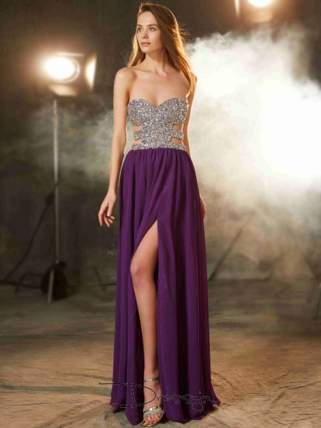 A-Line/Princess Crystal Sweetheart Sleeveless Chiffon Long Dress