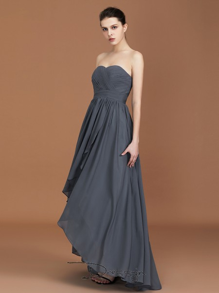 A-Line/Princess Ruched Sweetheart Sleeveless Chiffon Long Bridesmaid Dress