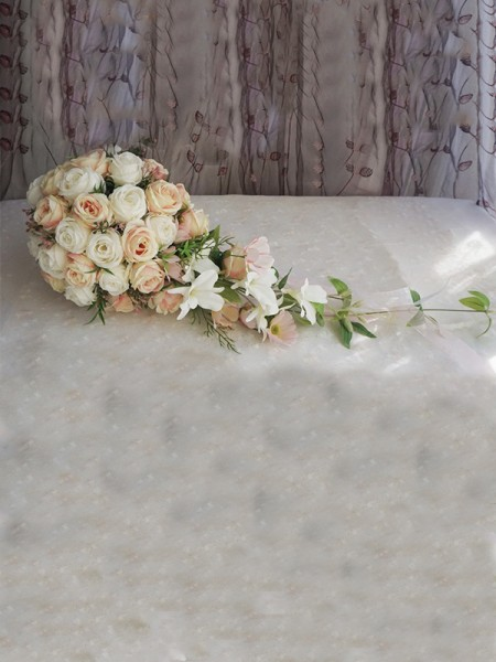 Elegant Cascade Cloth Bridal Bouquets Wedding Decoration