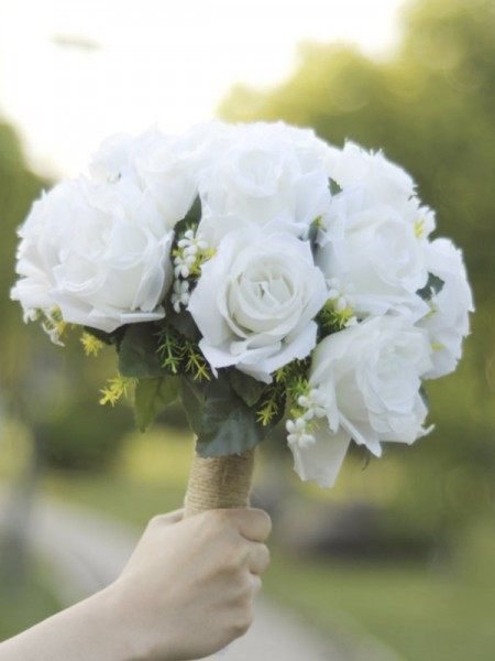 Pure Round White Silk Flower Bridal Bouquets