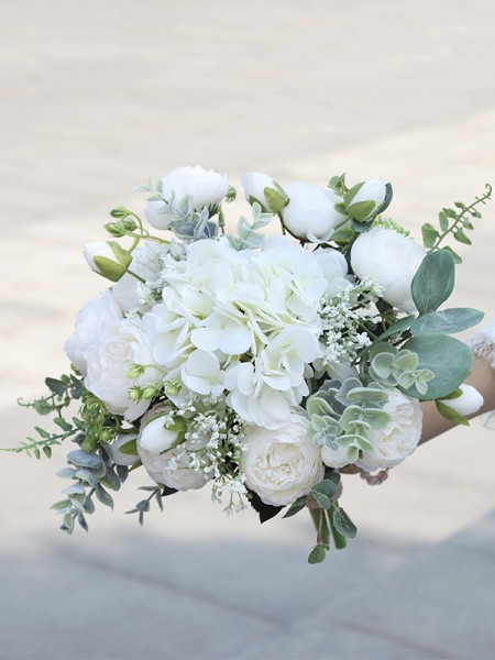 Free-Form Silk Flower Fascinating Bridal Bouquets