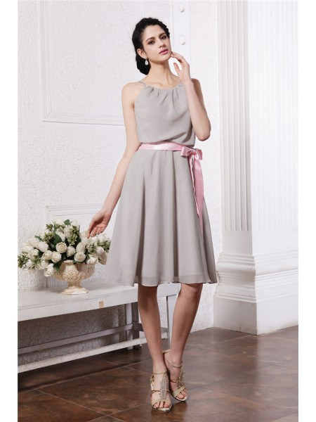 Sheath/Column Scoop Sash/Ribbon/Belt Sleeveless Chiffon Knee-Length Bridesmaid Dresses
