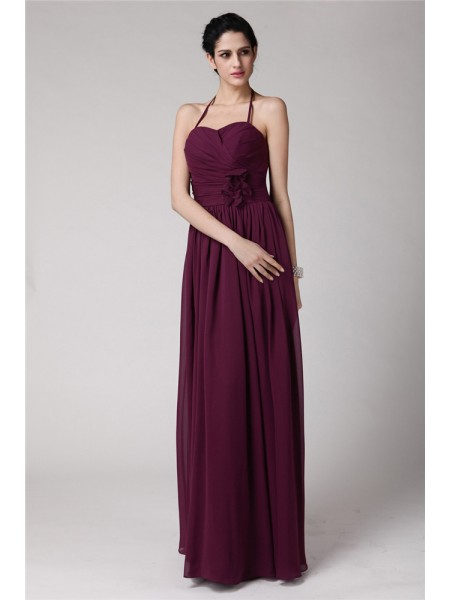 Sheath/Column Halter Hand-Made Flower Sleeveless Chiffon Long Bridesmaid Dresses