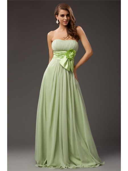 Sheath/Column Strapless Ruffles Hand-Made Flower Sleeveless Chiffon Elastic Woven Satin Long Bridesmaid Dresses