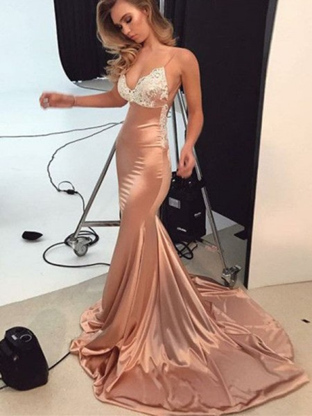 Trumpet/Mermaid Straps Applique Sleeveless Satin Long Dresses