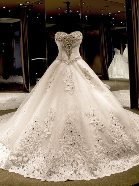 Ball Gown Sweetheart Sequin Sleeveless Tulle Cathedral Train Wedding Dresses