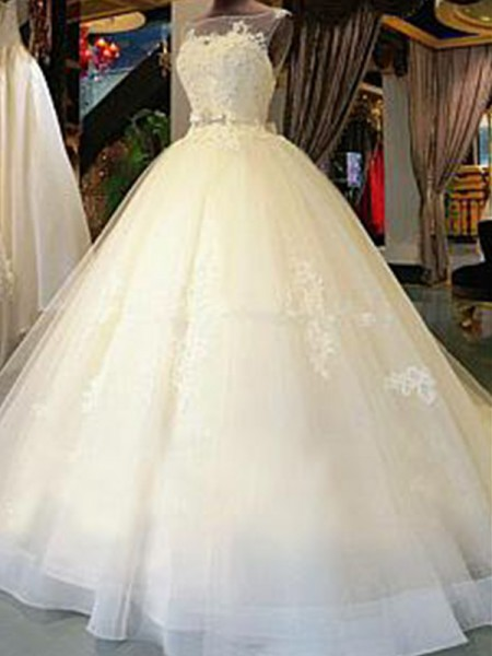 Ball Gown Scoop Applique Sleeveless Tulle Cathedral Train Wedding Dresses