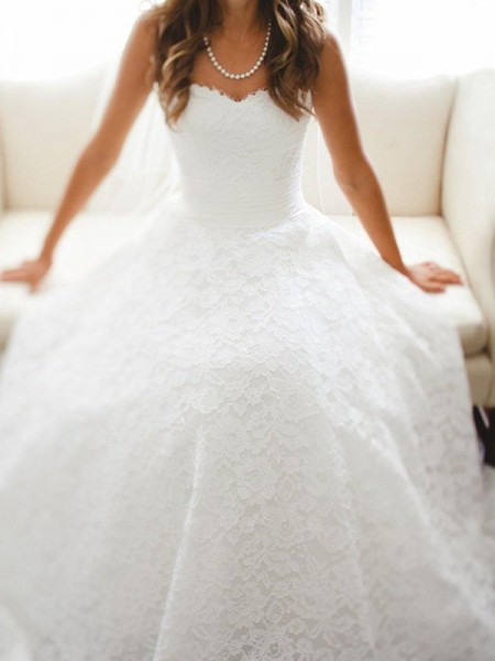 A-Line/Princess Sweetheart Lace Sleeveless Lace Cathedral Train Wedding Dresses