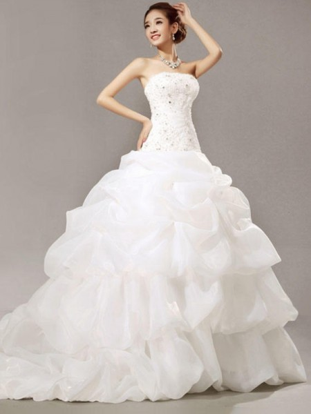 Ball Gown Strapless Beading Sleeveless Organza Cathedral Train Wedding Dresses