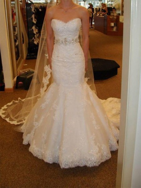 Trumpet/Mermaid Sweetheart Sleeveless Tulle Court Train Wedding Dresses