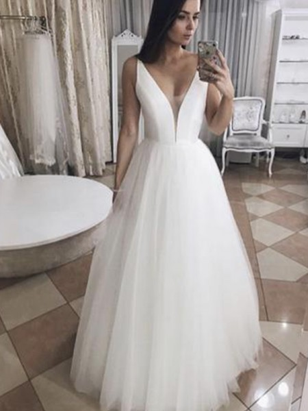 A-Line/Princess V-neck Ruffles Sleeveless Tulle Long Wedding Dresses