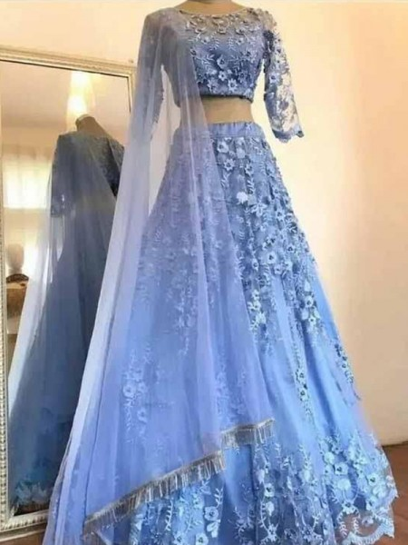 A-Line/Princess 3/4 Sleeves Applique Tulle Scoop Floor-Length Dresses