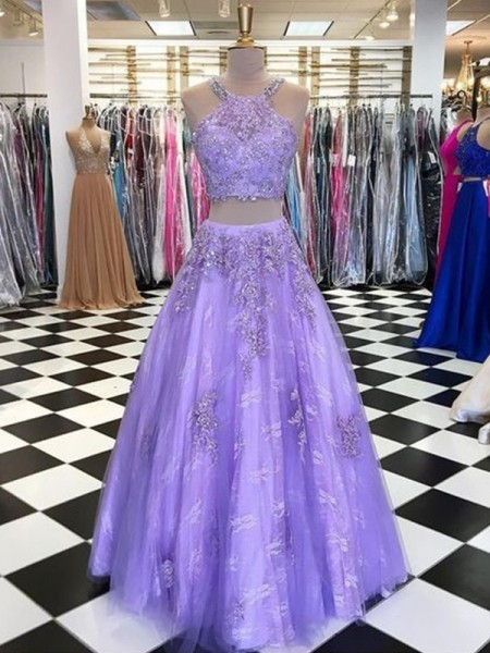 A-Line/Princess Sleeveless Beading Tulle Halter Floor-Length Dresses