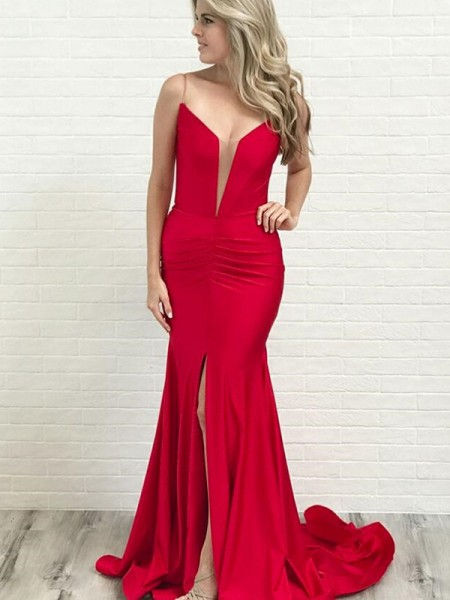 A-Line/Princess Sleeveless Ruched Satin Spaghetti Straps Court Train Dresses