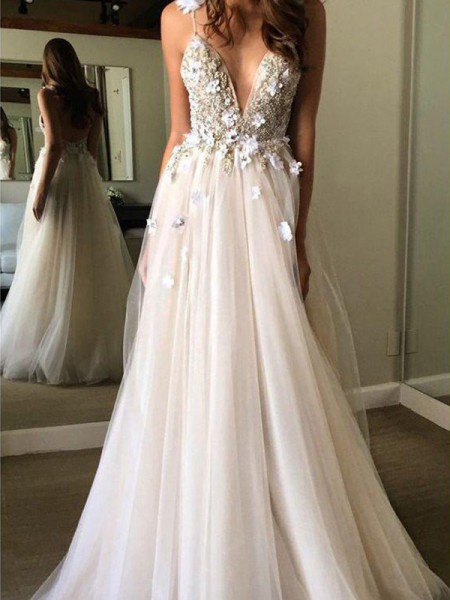 A-Line/Princess Beading Floor-Length V-neck Sleeveless Tulle Wedding Dresses