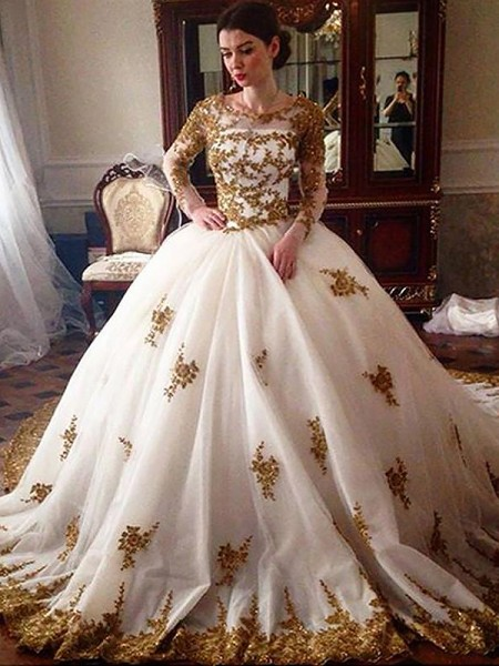 Ball Gown Scoop Long Sleeves Tulle Court Train Wedding Dresses