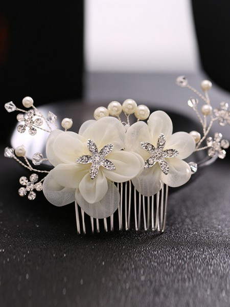 Lovely Pearls Wedding Headpieces
