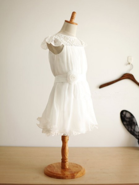 A-Line/Princess Scoop Hand-Made Flower Sleeveless Chiffon Knee-Length Flower Girl Dresses