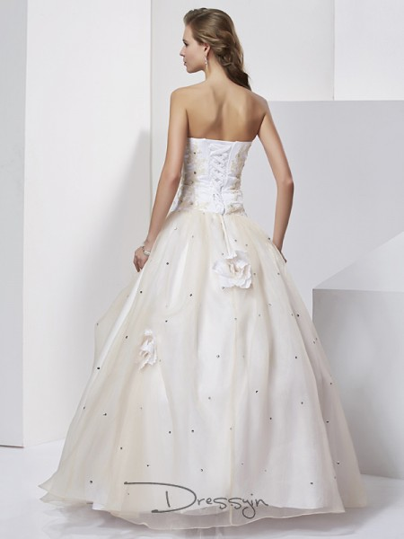 Ball Gown Sweetheart Hand-Made Flower Sleeveless Tulle Long Dresses