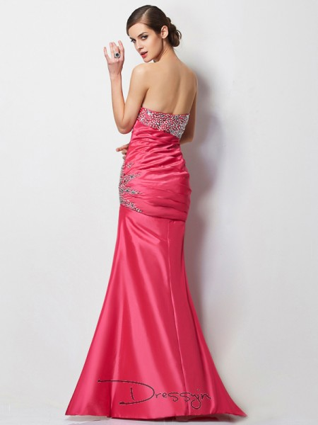 Trumpet/Mermaid Sweetheart Beading Sleeveless Taffeta Long Dresses