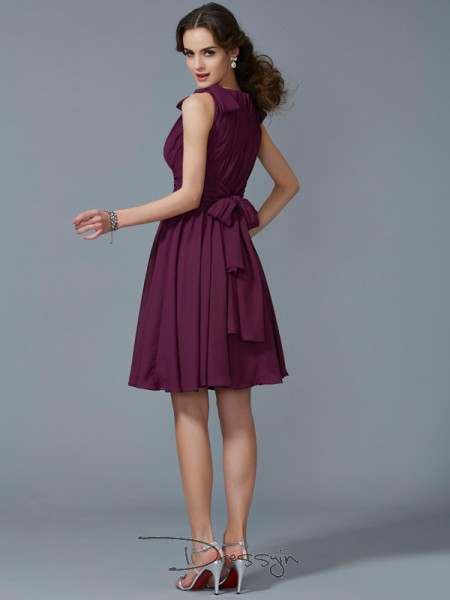 A-Line/Princess Straps Pleats Sleeveless Chiffon Knee-Length Bridesmaid Dresses