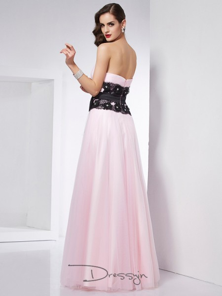 A-Line/Princess Sweetheart Lace Sleeveless Net Satin Long Dresses