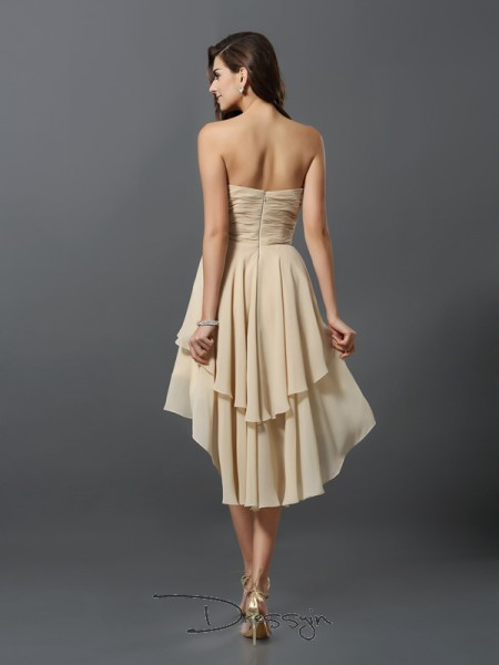 A-Line/Princess Sleeveless Sweetheart Hand-Made Flower Chiffon High Low Bridesmaid Dresses