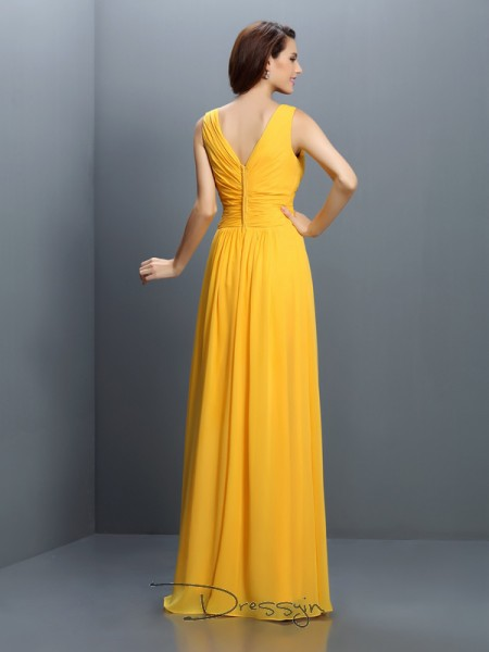 A-Line/Princess Sleeveless V-neck Pleats Chiffon Long Bridesmaid Dresses
