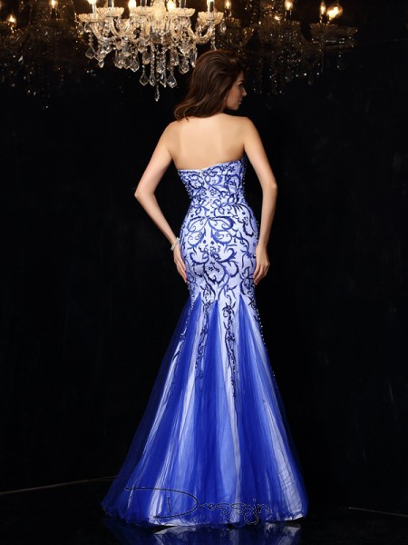 Sheath/Column Net Sweetheart Sleeveless Beading Long Dresses